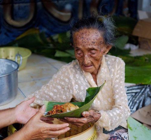 Hadir di Yogyakarta? Cobain Gudeg Mbah Lindu