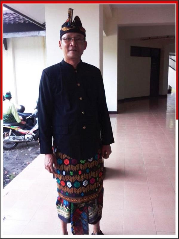 Pakaian Adat Sasak Lombok-NTB