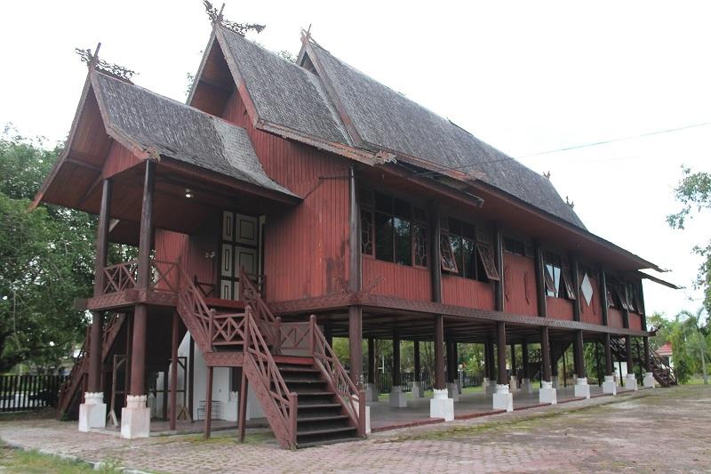 Rumah Adat Panjang, Kalimantan Barat