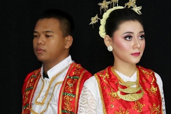 Baju Adat Maluku Utara