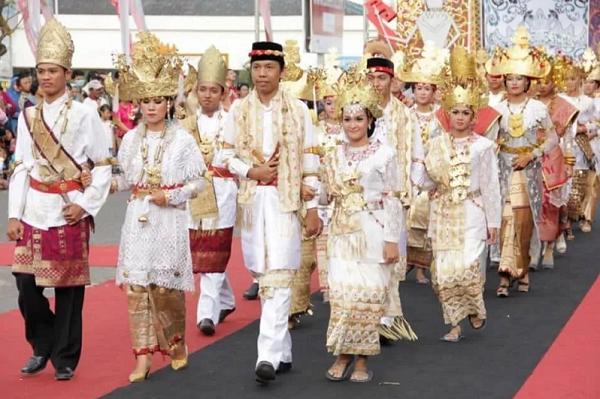 Ragam Baju Adat Dari Maluku Utara Pariwisata Indonesia