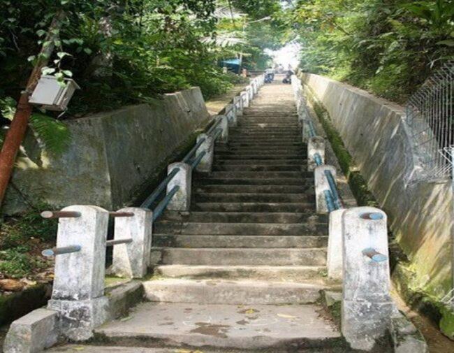 Goa Tangga Seratus Sisa Peninggalan Jepang, wisata tangga seratus, goa tangga seratus, goa peninggalan jepang di tangga seratus, pariwisata indonesia