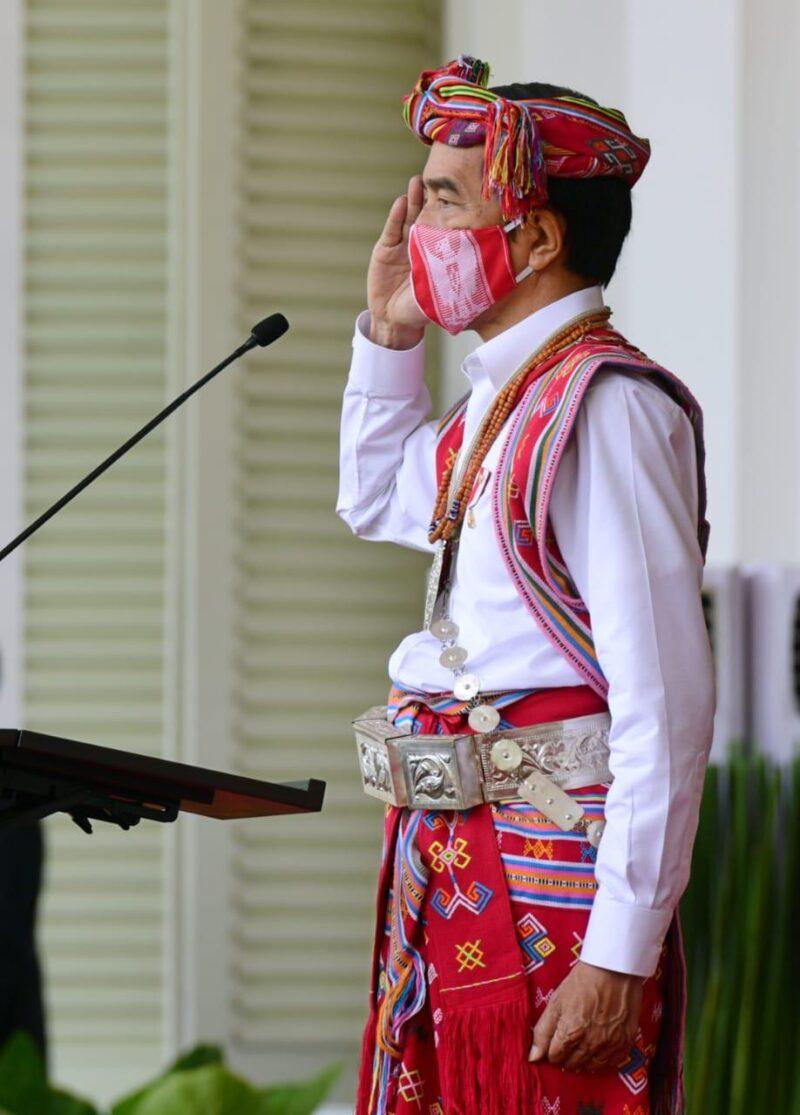 Busana Jokowi Hut ke 75 RI
