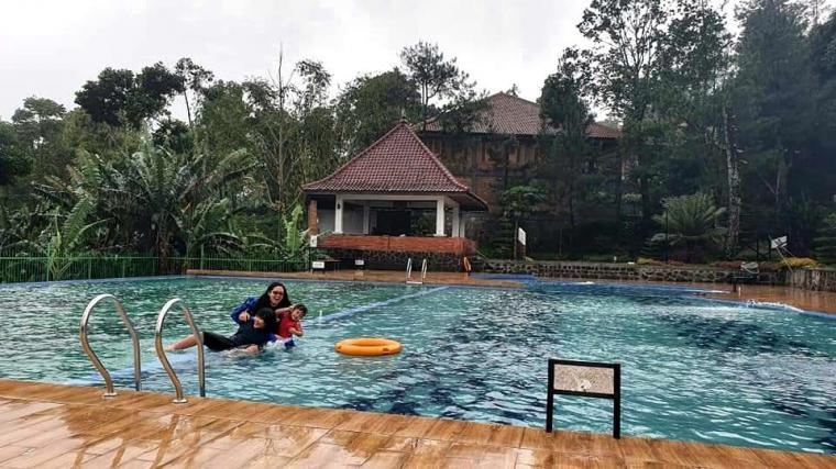 Umi Kalsum Fuunder PVK Gruo dan CEO Media PVK Grup,AIR TERJUN KECE BADAI DI SUBANG,BERITA PARIWISATA INDONESIA,CERITA MOMABEL,CHANNEL YOUTUBE XPLOINDO,CURUG CIJALU,INDONESIA CULTURE AND TOURISM,INDONESIA TOURISM INVESTMENT,INDONESIA'S OFFICIAL TOURISM WEBSITE,INDONESIAN TOURISM WEBSITE,MEDIA ONLINE PARIWISATA INDONESIA,MEDIA ONLINE PARIWISATA INDONESIA TERFAVORIT 2020,MEDIA PARIWISATA INDONESIA,MEDIA PVK GRUP,MEDIA RESMI PARIWISATA INDONESIA,PARIWISATA DI JAWA BARAT,PESONA CURUG CIJALU,PESONA CURUG PUTRI,SITUS KOMPASIANA,SITUS PARIWISATA INDONESIA,SITUS RESMI PARIWISATA INDONESIA,TEMPAT WISATA FAVORIT DI JAWA BARAT,WEBSITE PARIWISATA INDONESIA,WEBSITE RESMI PARIWISATA INDONESIA