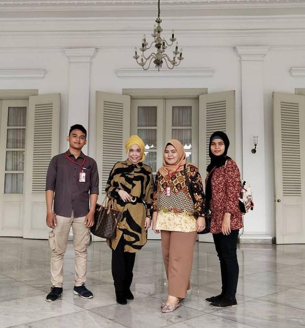 Viral, INDONESIA OFFICIAL TOURISM WEBSITE,INDONESIA'S OFFICIAL TOURISM WEBSITE,INDONESIAN TOURISM WEBSITE,MEDIA ONLINE PARIWISATA INDONESIA TERFAVORIT 2020,MEDIA PARIWISATA INDONESIA OFFICIAL,MEDIA PARIWISATA INDONESIA TERFAVORIT,MEDIA RESMI PARIWISATA INDONESIA,PARIWISATA INDONESIA,PEMILIK SITUS ONLINE PARIWISATA INDONESIA ADALAH UMI KALSUM FOUNDER DAN CEO PVK GRUP,SITUS RESMI PARIWISATA INDONESIA,UMI KALSUM FOUNDER DAN CEO PVK GRUP,WEBSITE RESMI PARIWISATA INDONESIA,